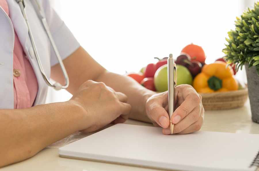 מדעי התזונה דיאטנית תזונאית