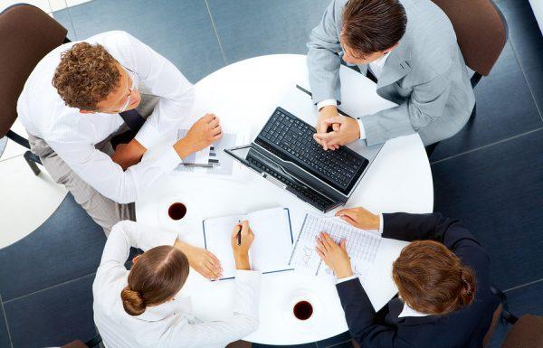 תואר במנהל עסקים: כך תבחרו במסלול עם יתרון מעשי